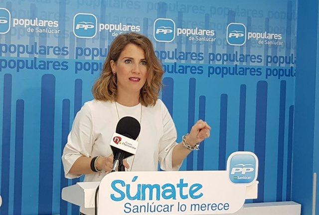 Ana Mestre, presidenta del Partido Popular de Sanlúcar.