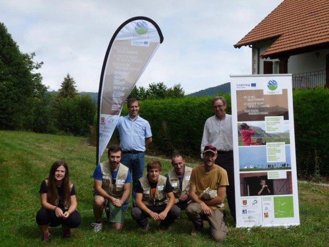 Voluntarios que participan en el proyecto Lindus 2