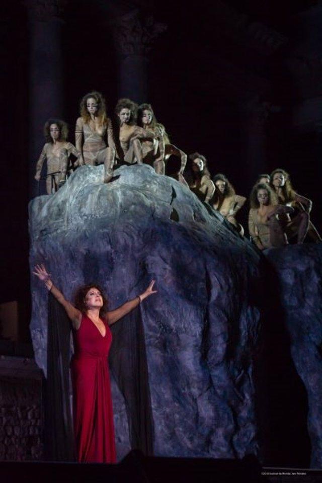 'Las Amazonas' se despide este domingo del Festival de Mérida con su quinto lleno consecutivo en el Teatro Romano