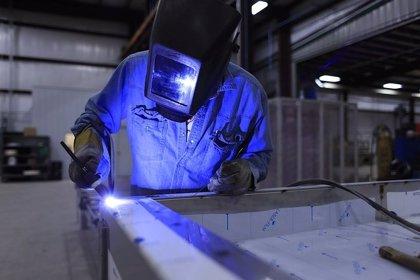 La cifra de negocios en la industria en región crece un 1,1% en junio