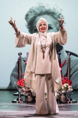 Concha Velasco colabora por primera vez en teatro con su hijo
