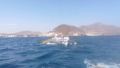 Arranca la travesía de San José a Málaga a remo