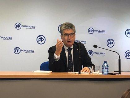 El PP insta a Pedro Sánchez a suspender sus vacaciones y explicar en el Senado sus propuestas sobre inmigración