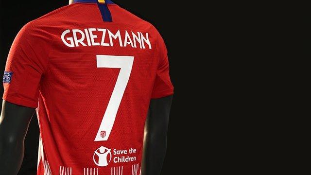 Save the Children, en la camiseta del Atlético durante la Supercopa de Europa