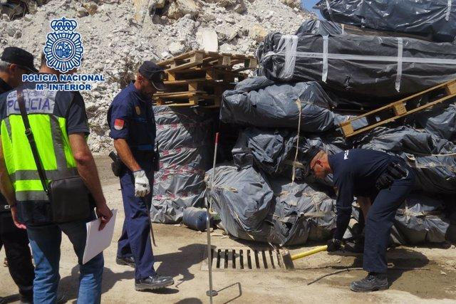 """Policia Nacional Nota De Prensa Y Fotos """"Detenidos Los Responsables De Una Empre"""