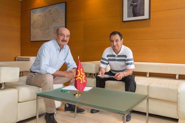 El consejero y el alcalde