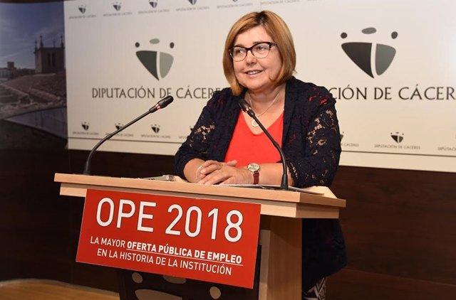 La presidenta de la Diputación de Cáceres, Rosario Cordero