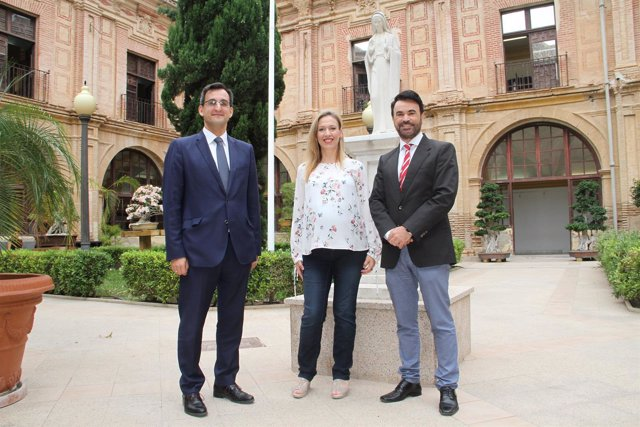TRES DE LOS PARTICIPANTES EN JORNADA PROTOCOLO UCAM