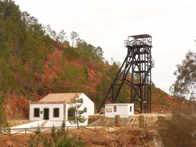 Malacate de la Peña de Hierro en Nerva (Huelva).