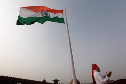 Modi anuncia la primera misión espacial tripulada de India para 2022