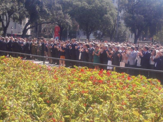 El Rei, Rajoy i Puigdemont després de l'atemptat a Barcelona