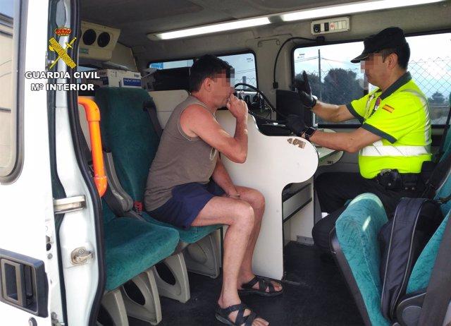 Prueba alcoholemia a camionero