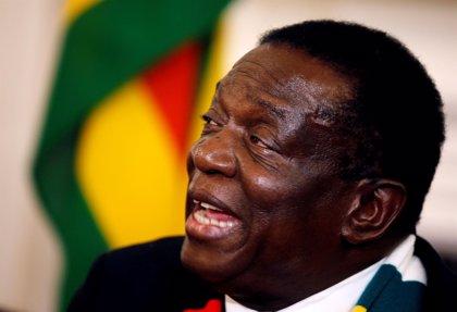 Mnangagwa refuta en el Constitucional la denuncia de la oposición contra su victoria en Zimbabue