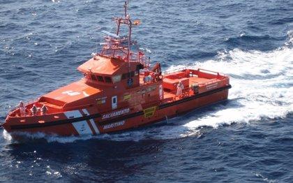 Rescatadas 171 personas que viajaban en tres pateras más localizadas en el mar de Alborán