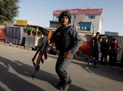 Al menos 48 muertos por un atentado suicida contra un centro educativo en Kabul