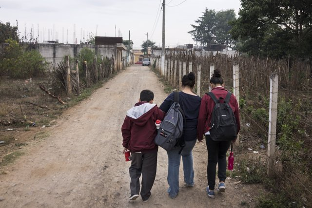 Familia guatemalteca deportada desde Estados Unidos