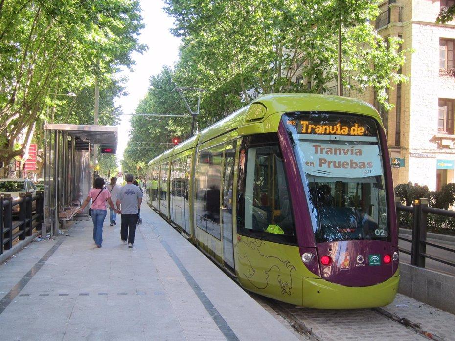 Foto: La Junta espera firmar en septiembre el convenio de colaboración con el Ayuntamiento para el tranvía de Jaén (Europa Press/Archivo)