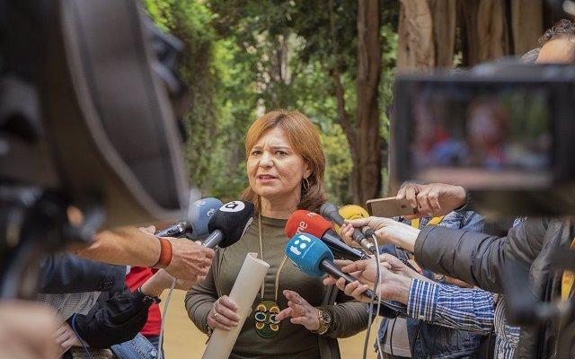Bonig se pregunta 'dónde estaba Puig' que no acompañó a Ábalos a visitar las zonas de Gandia afectadas por el incendio