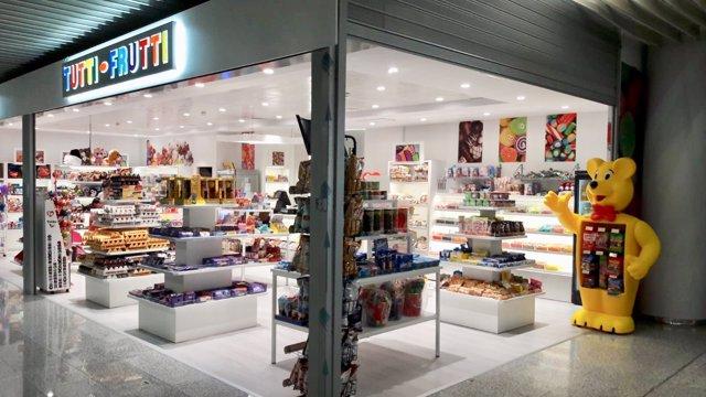 5b545145bbeb Tutti Frutti abre su tercera tienda en el Aeropuerto de Palma