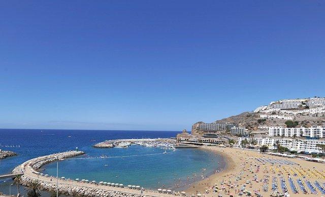 Las 'low cost' transportan a Canarias 3,4 millones de pasajeros hasta julio
