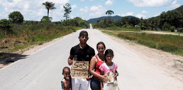 Una familia de refugiados venezolanos en Brasil