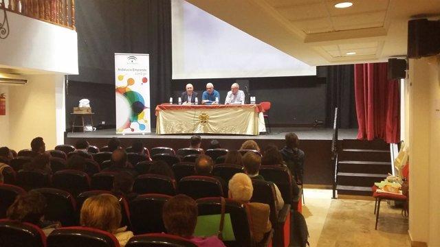 Una de las jornadas celebradas en el CADE de Vélez Rubio