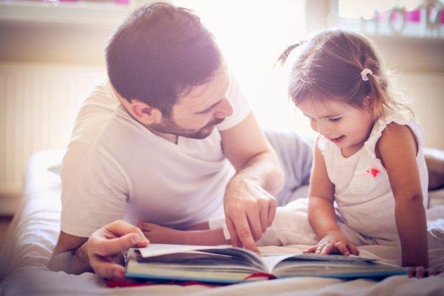 Leer, lectura, padre, hija, libro
