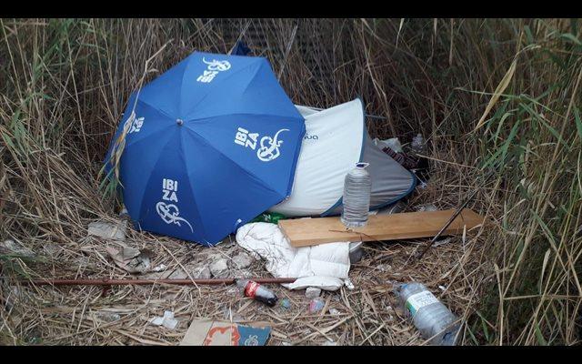 Desmantelan un nuevo asentamiento ilegal en Ibiza