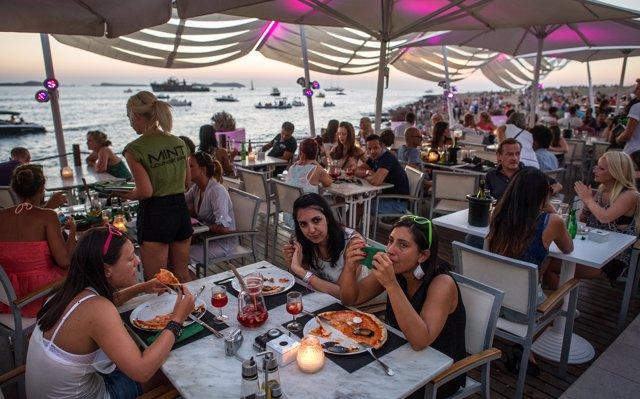 Baleares concentra el 9,1% de los ocupados en turismo de España