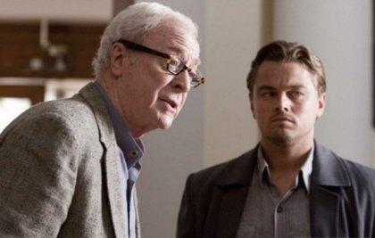 Michael Caine explica (otra vez) el final de Origen de Christopher Nolan
