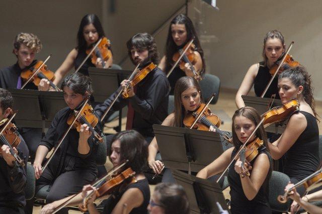 Joven orquesta sinfónica de la FSMC