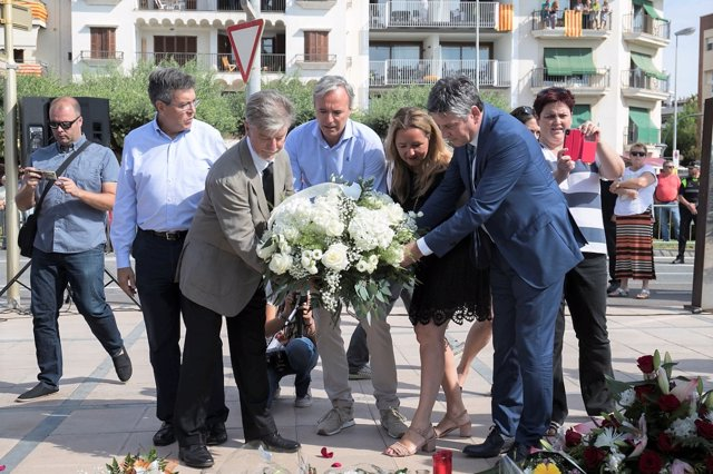 Acto de conmemoración del atentado en Cambrils, un año después.