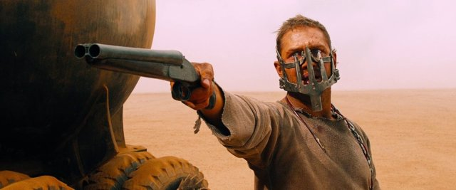 Tom Hardy en Mad Max: furia en la carretera