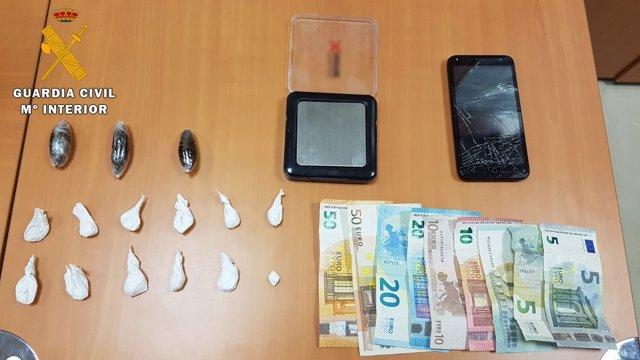 Artículos incautados en una operación en Pozoblanco