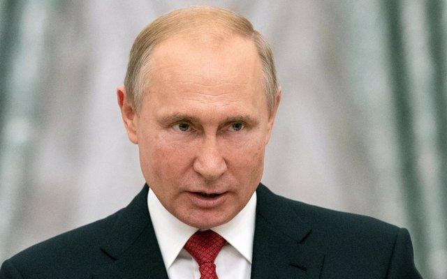 El Kremlin asegura que Merkel y Putin coinciden en 'no politizar' la construcción del Nord Stream 2