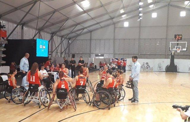 La selección española femenina de baloncesto en silla de ruedas, en un partido