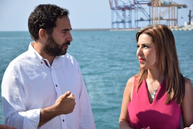 Pérez y Rubiño en el puerto de Málaga