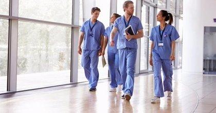 Más de 14.000 profesionales del Servicio Madrileño de Salud comenzarán a recibir en agosto la carrera profesional
