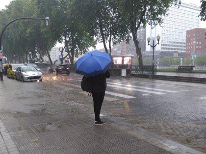 El 112 activará este lunes la alerta amarilla por la previsión de lluvias y tormentas en el sur de Badajoz