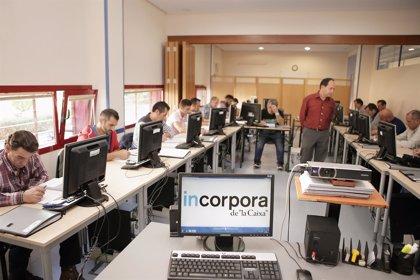 El programa 'Incorpora' de Obra Social 'La Caixa' forma a 404 personas en riesgo de exclusión en Asturias desde 2015
