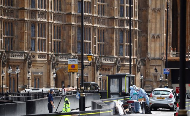 Intento de ataque contra el Parlamento británico con un coche