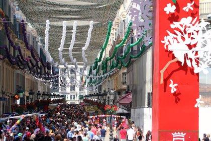 """Vecinos del centro de Málaga insisten en que la Feria """"es un despropósito"""" y está """"condenada al fracaso"""""""