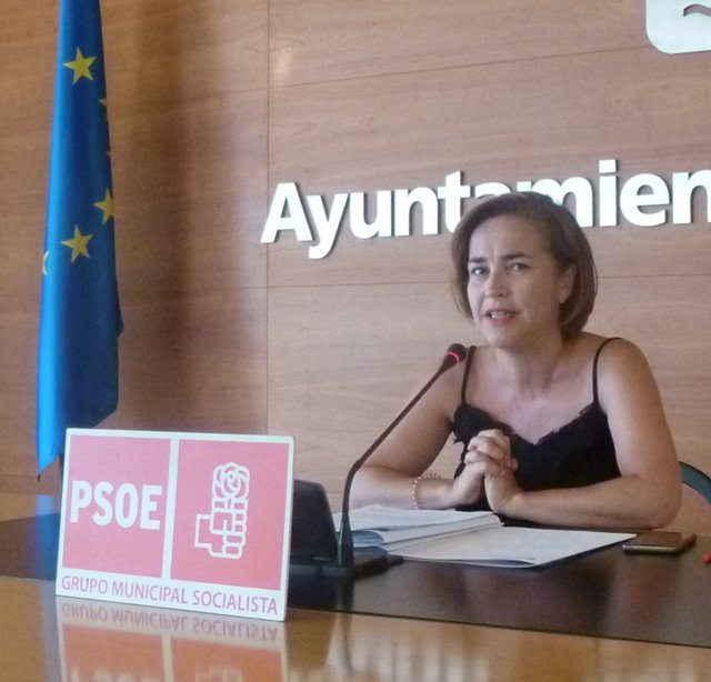 La portavoz del PSOE, Beatriz Arráiz