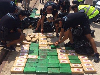 Interceptado en Ibiza un yate que transportaba 300 kilos de cocaína colombiana