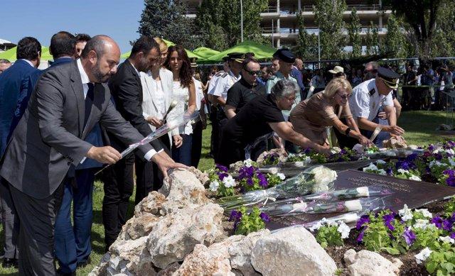 El vicepresidente Pedro Rollán en el acto de homenaje a las víctimas de Spanair