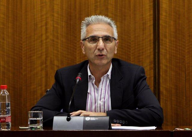 Miguel Ángel Vázquez en la Comisión de Cultura