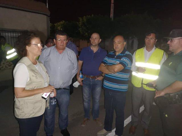 Autoridades al declararse el incendio en la planta de El Ejido