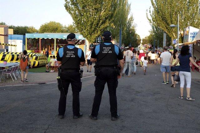 Agentes de Policía local de Leganés en las fiestas patronales