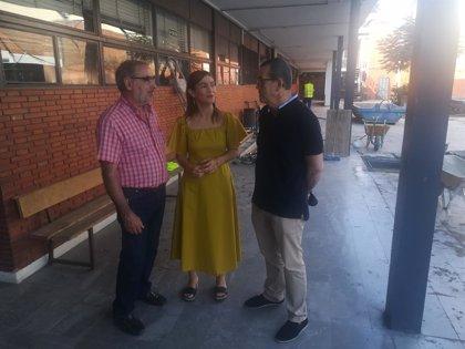 """El PSOE valora el """"cumplimiento"""" del plan de retirada de amianto en centros educativos de Granada"""