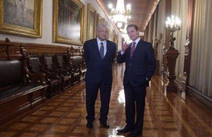 Peña Nieto y López Obrador se reúnen por tercera vez en el Palacio Nacional